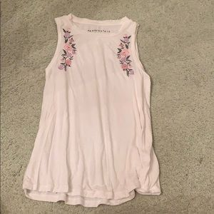 AEROPOSTALE embroidered flower t-shirt